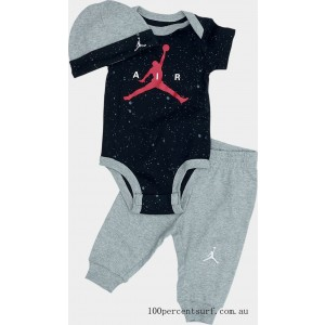 Infant Jordan Pants and Hat Box Gift Set White/Gym Red On Sale